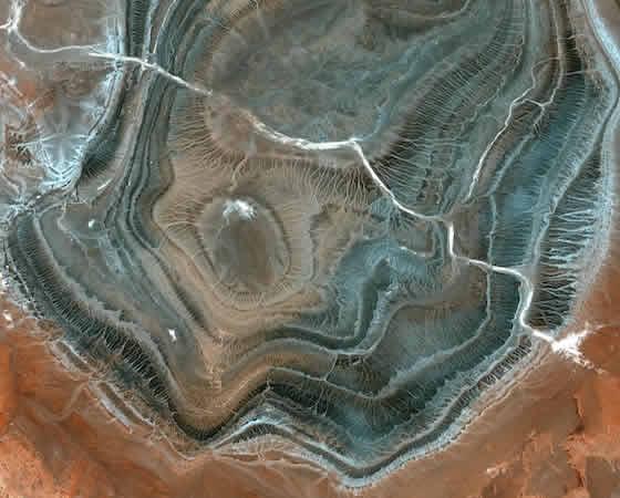 r1295_39_satellite_image_spot5_2.5m_tamanrasset_algeria_2006